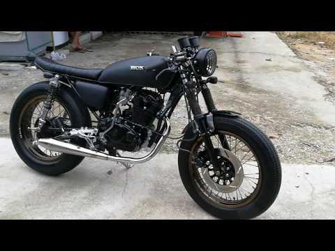Cafe racer 200cc.
