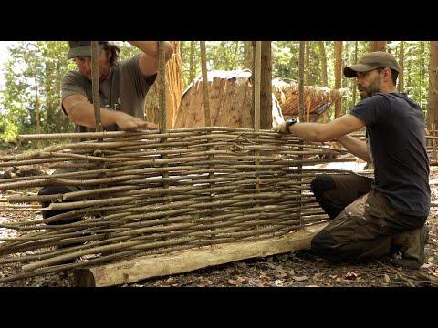 Building a Medieval Fence: Bushcraft Skills