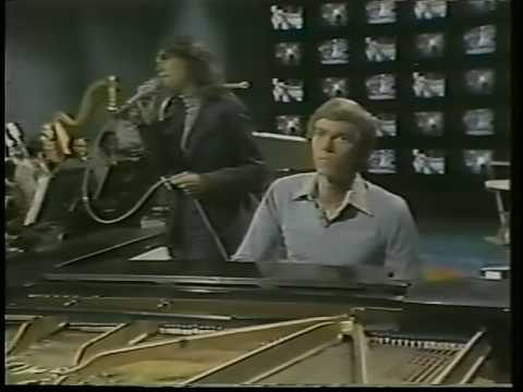 THE CARPENTERS FIRST TELEVISION SPECIAL 6