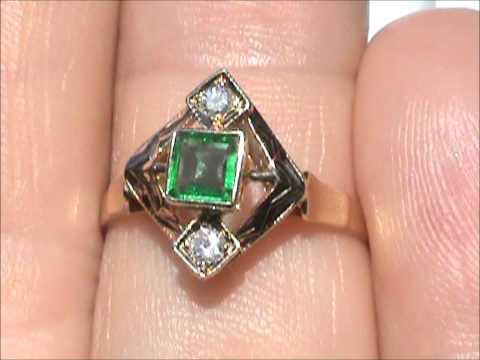 18K EMERALD DIAMOND RING VERY CLEAN EMERALD LQQK !