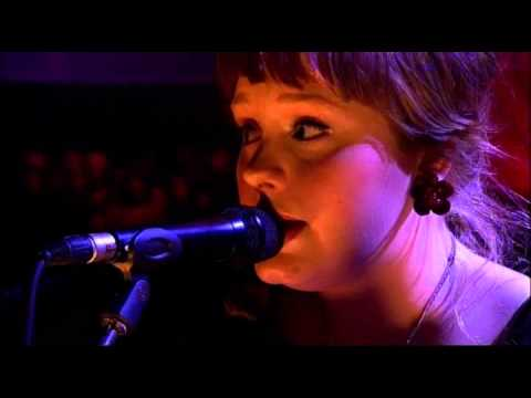Adele - Daydreamer (Later... Jools Holland in June 2007)