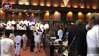 අද දින උණුසුම් වු ශ්රි ලංකා පාර්ලිමේන්තුව, Sri Lanka Parliment today hot seat,