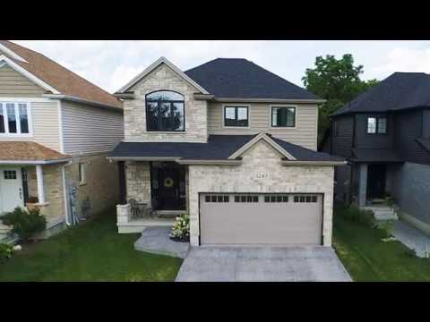 Home For Sale In North London - 1243 Howlett Circle