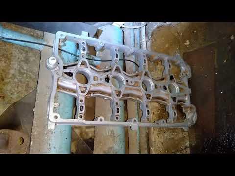 Как снять головку блока цилиндров 16 клапанов с ВАЗ 2110-11-12