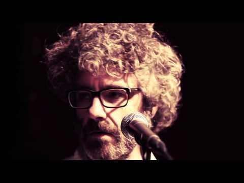 LEON BENAVENTE - Ánimo, valiente (video oficial)