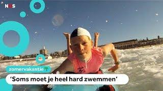 In Australië zwemmen kinderen met haaien