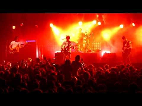 Arctic Monkeys - Reckless Serenade live @ Zénith de Nantes (France)