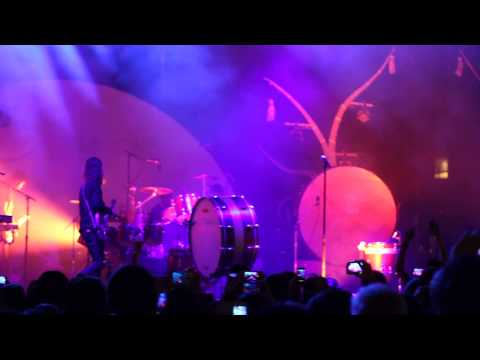 "Imagine Dragons ""Radioactive"" (extended Suspension Version) Live In Raleigh 5.8.2013"