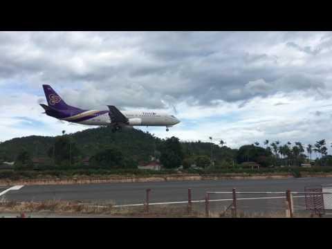 Thai Airways B737-400 Landing Samui International Airport