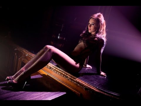 kristen bell dr long john burlesque youtube