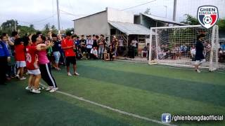 Bình Luận Fun   Chết cười với trận bóng đá nữ kinh điển nhất quả đất (Phần 2)