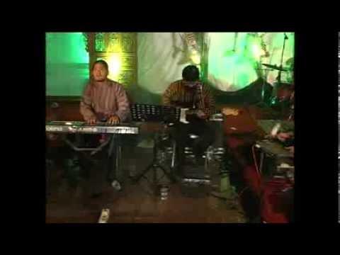 malam biru bukan pitulangit ethnic home band plenthe percussion