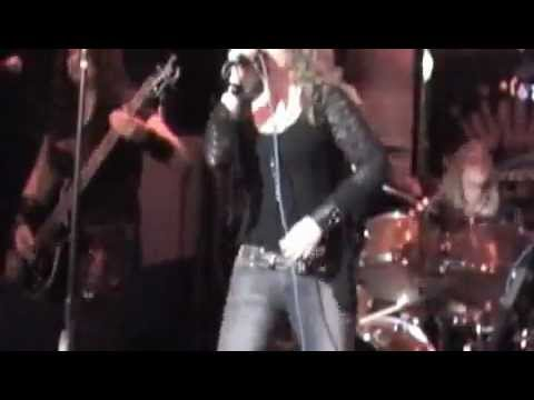Dia-All-Female Ronnie James Dio Tribute Band-We Rock