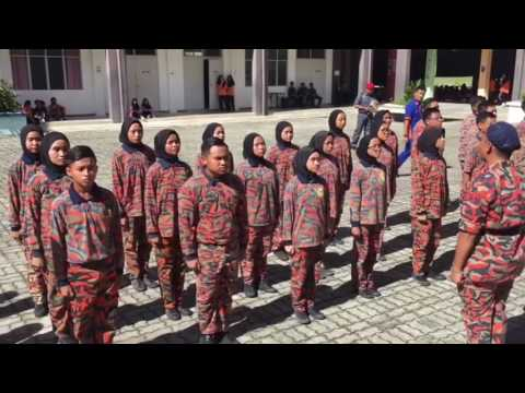 Tunjuk Belang-Monoloque ft Azlan(Kawad Kaki Badan Beruniform SMK Rancha-Rancha)