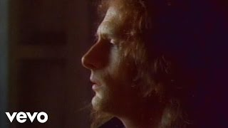 Michael Bolton - (Sittin' On) The Dock of the Bay thumbnail