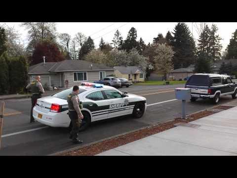 Milwaukie Oregon Clackamas County Deputies traffic