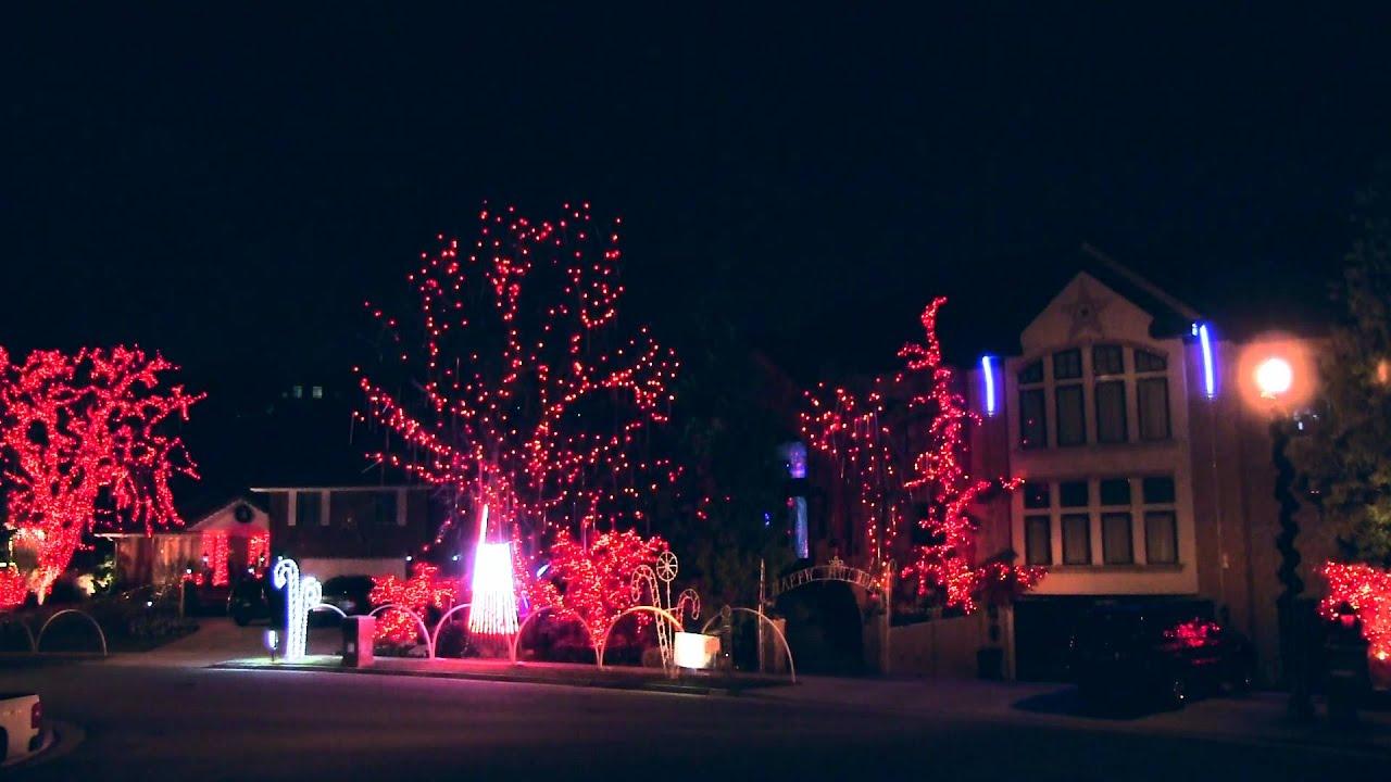 "Amazing 2 House Christmas Lights 2014 - TSO ""A Mad Russian ..."