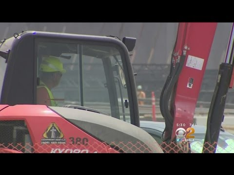 Construction Workers Take Advantage Of Inland Empire Job Boom