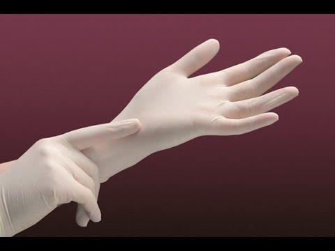 Перчатки медицинские являются важной составляющей одежды медперсонала. Их главное предназначение — защищать медработников и пациентов от возможного инфицирования.