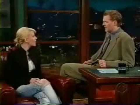 Scarlett Johansson - The Late Late Show with Craig Kilborn (2003)
