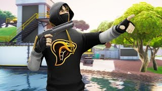 CHILLSTREAM - IKONIK SKIN GIVEAWAY? / FORTNITE NL / NOFLEX COBRA