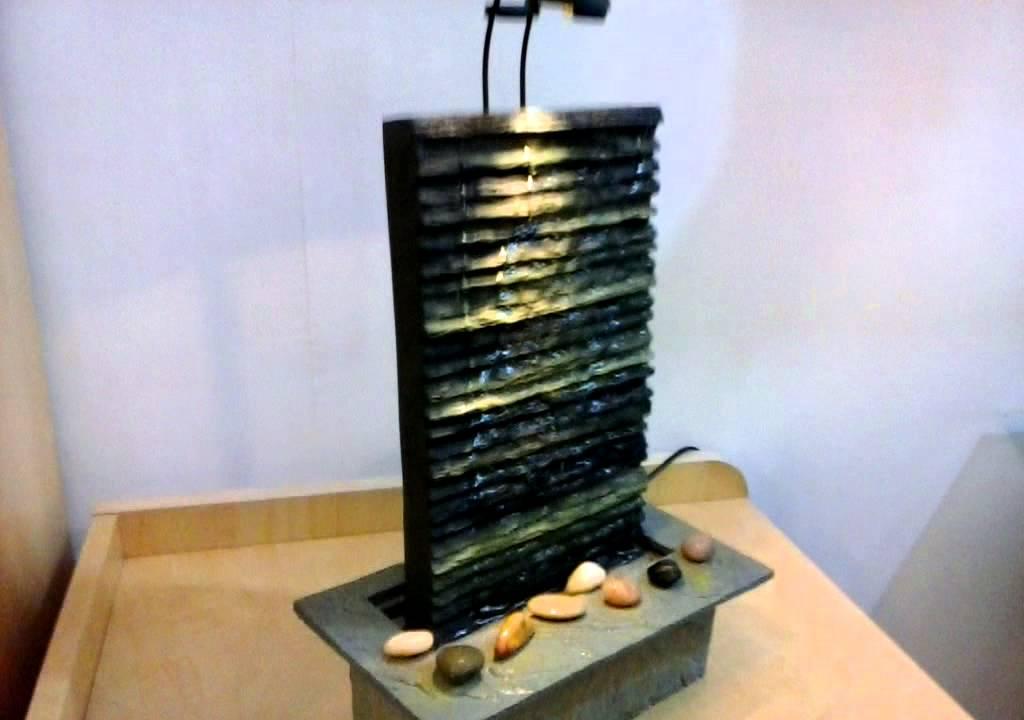 Fontana feng shui cascata con luce spot youtube for Fontane per interni