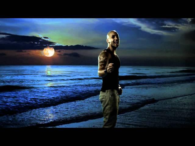 Mia Martina ft Massari - Latin Moon