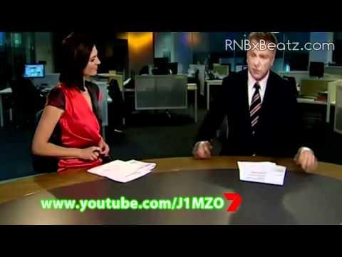 Australian News Blooper - Reporter Has A Small Thing - Ten News
