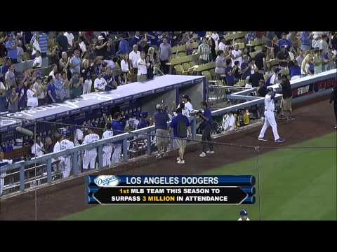 2013/08/28 Dodgers hit three million fans
