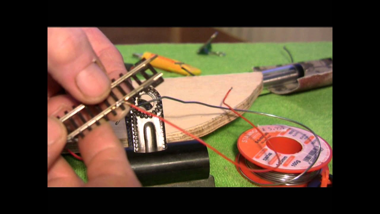 soldering dropper wires to the track youtube rh youtube com n gauge track wiring Ho Track Wiring