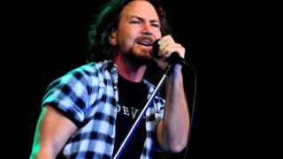 Pearl Jam - Sittin