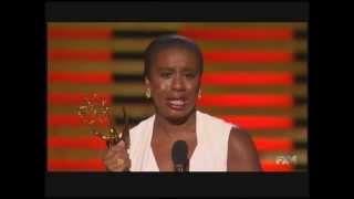 Uzo Aduba wins Emmy Award for Orange Is the New Black 2014