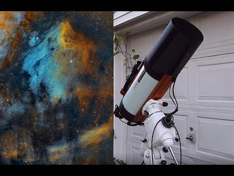 outer-space-photography-through-a-telescope