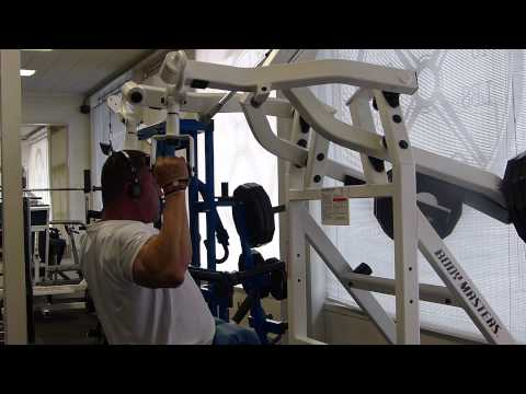 BODY MASTERS CXp 740 D-HANDLE PULL DOWNS TO THE FRONT PALMS FACING