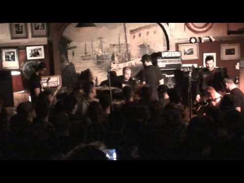 THE ARGUMENT - Live au Galion