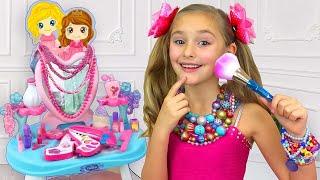 Sasha and her new princess room thumbnail