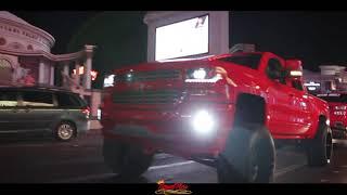 Video La BIG RED by Royalpics602 download MP3, 3GP, MP4, WEBM, AVI, FLV April 2018