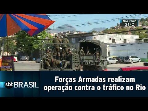 Forças Armadas realizam operação contra tráfico em três favelas do Rio | SBT Brasil (20/08/18)