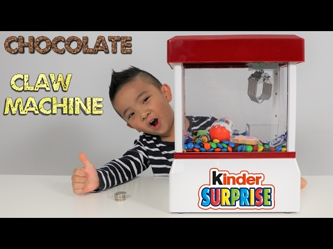 Chocolate Candy CLAW MACHINE Fun With Kinder Surprise Egg Peppa Pig Cookie Chupa Chups M&M's Ckn Toy