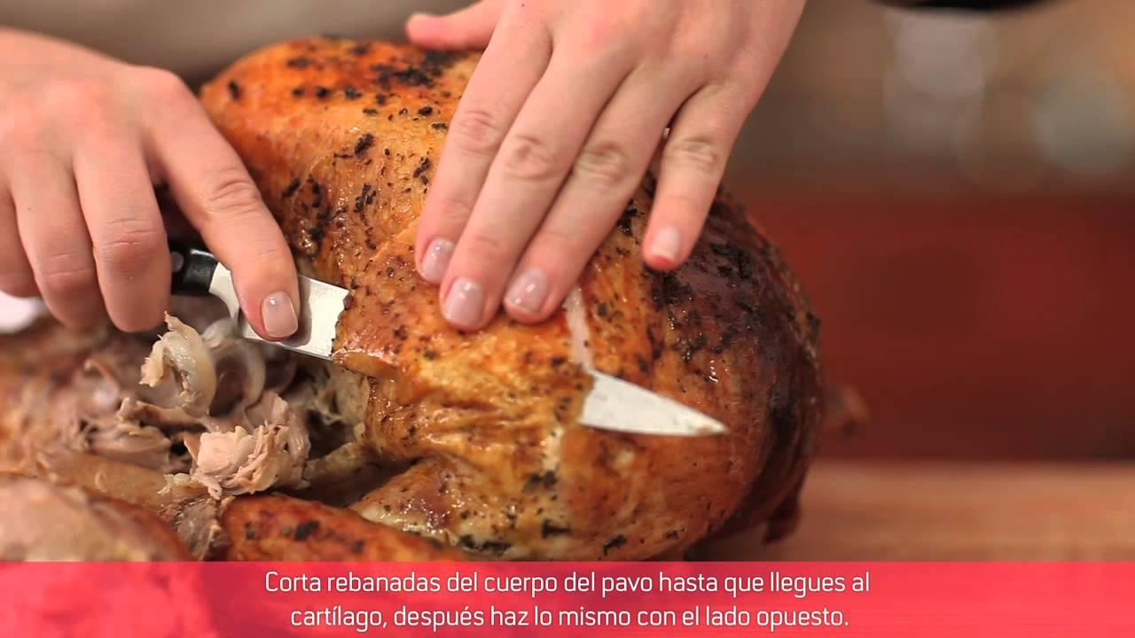 Como Cortar y Rebanar un Pavo | Que Rica Vida - YouTube