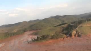 Imagens mostram a devastação após rompimento de barragem
