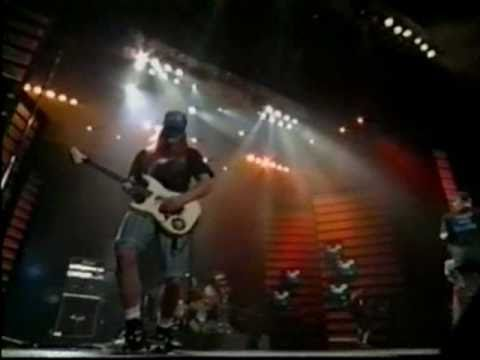 Ugly Kid Joe - Everything About You [Live MTV Movie Awards 1992]