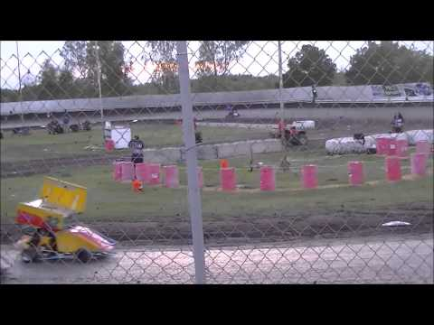 Beginner Boxstock @ Cycleland Speedway 7-11-15