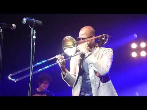 Trombone Shorty & Orleans Avenue - Backatown (Houston 09.19.17) HD