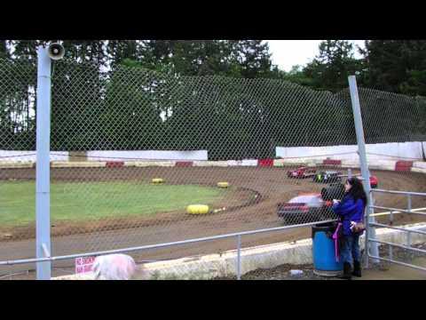 St. Helens River City Speedway 5-16-15  Sportsman Heat Race #2