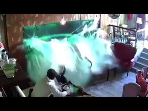 Customers Drenched After Aquarium Explodes In Cafe
