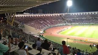 Festa dos torcedores do Talleres após o apito final em Cordoba: 2 a 0 no São Paulo