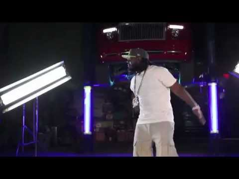 "T-Pain Ft Lil Wayne ""Bang Bang Pow Pow"" (Unofficial Video)"