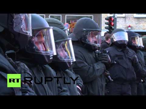 Germany: Police unleash water cannon at Hamburg May Day