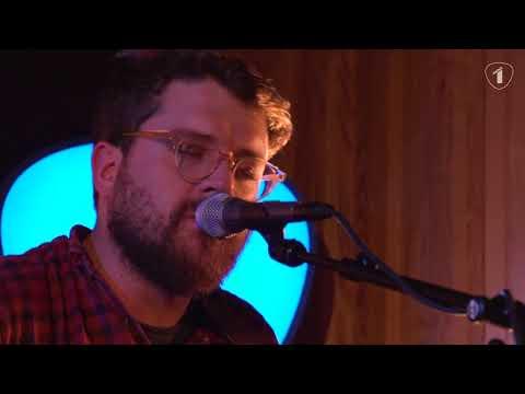 Bear's Den - Agape (Radio 1 Live Sessie)